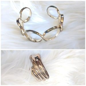 Set of 2 Silver Cuff Bracelets